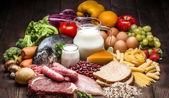 nutrientes esenciales y no esenciales
